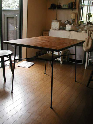 table01-2.jpg
